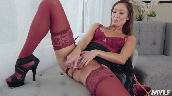 Lone Milf – Christy Love