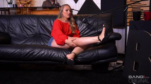 Bang Surprise – AJ Applegate Goes Extra Deep Into Her Sexual Interests