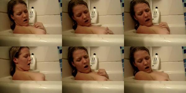 161510726 0676 web bath tub masturbation   webcam girls - Bath Tub Masturbation - Webcam Girls