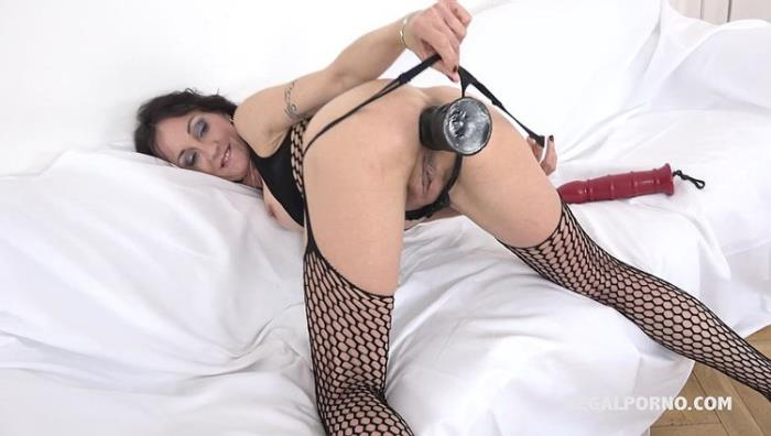 Lyna Cypher - Lyna Cypher is back for multiple sex fucking combination IV073 (HD 720p) - LegalPorno - [2020]