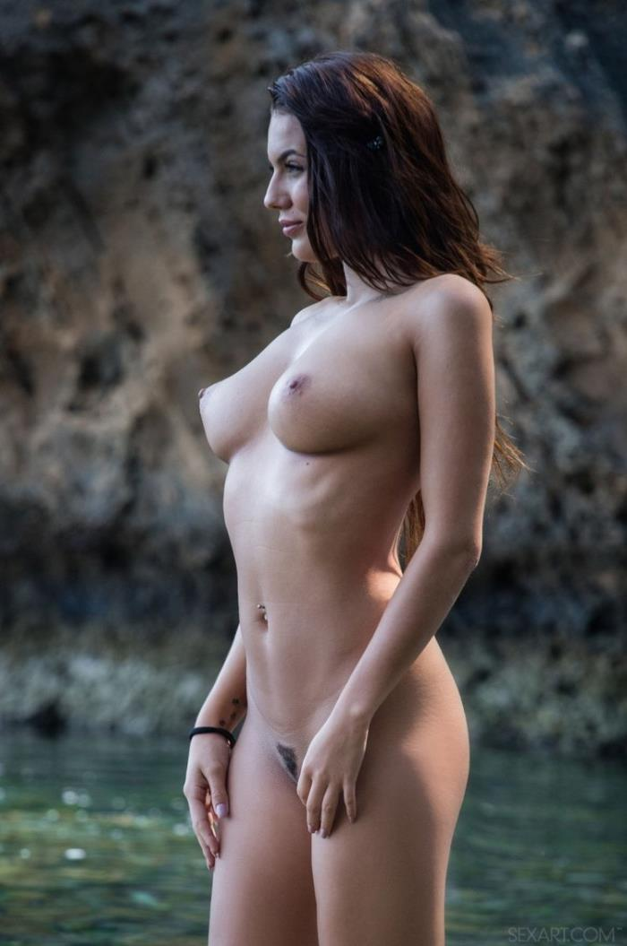 Nancy A, Vanessa Decker - Ocean Darling (HD 720p) - SexArt/MetArt - [2020]
