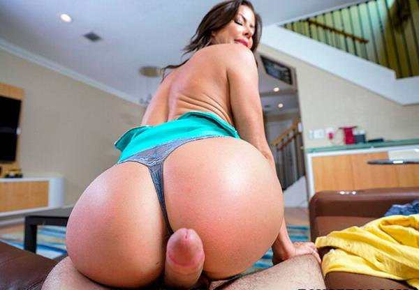 BangPOV/BangBros: Alexis Fawx - Getting Help And Squirting (FullHD) - 2020