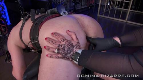 DominaBizarre - Domina Bizarre - Im Leder-Bondagesack Abgemolken - Teil 1 - Milked In Leather Bondage Bag Part 1 (FullHD/1080p/349 MB)